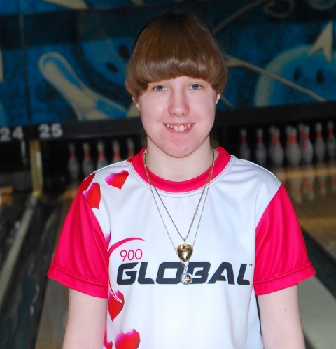 17 Year Old Brooke Wertz Competes In 2019 Mixed Tournament
